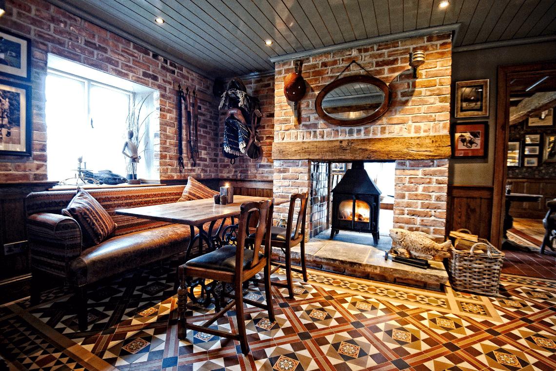 Pub Dining at The Fishpool Inn